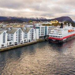 Отель Quality Hotel Ålesund Норвегия, Олесунн - 1 отзыв об отеле, цены и фото номеров - забронировать отель Quality Hotel Ålesund онлайн городской автобус