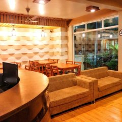 Отель Ashaz Inn (and Cafe) Мале интерьер отеля фото 3