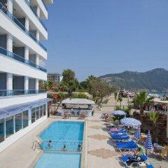 Azak Beach Hotel бассейн