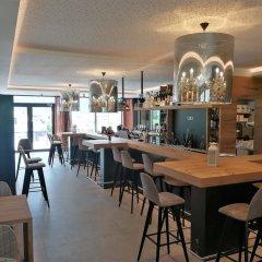 The Lodge Hotel - Golfclub Eppan Аппиано-сулла-Страда-дель-Вино гостиничный бар