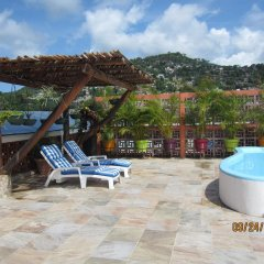 Hotel Savaro бассейн