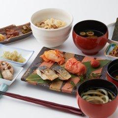 Отель Nishitetsu Grand Фукуока питание фото 3