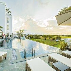 Lasenta Boutique Hotel Hoian бассейн