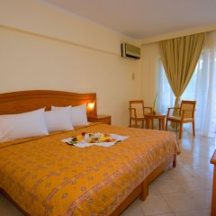 Отель Porfi Beach Hotel Греция, Ситония - 1 отзыв об отеле, цены и фото номеров - забронировать отель Porfi Beach Hotel онлайн комната для гостей фото 4