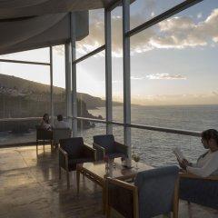 Maritim Hotel Tenerife гостиничный бар