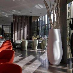 Отель Pullman Paris Tour Eiffel Франция, Париж - 1 отзыв об отеле, цены и фото номеров - забронировать отель Pullman Paris Tour Eiffel онлайн интерьер отеля