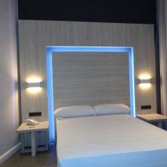 Отель Hostal Plaza Goya Bcn Барселона комната для гостей