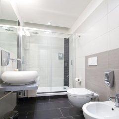 Отель Grey&White B&B ванная фото 3