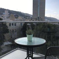Eden Hotel Израиль, Хайфа - отзывы, цены и фото номеров - забронировать отель Eden Hotel онлайн балкон