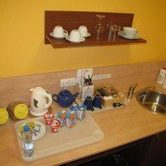 Отель Aparthotel Austria Suites удобства в номере