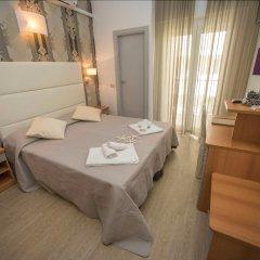 Hotel Ermeti Риччоне комната для гостей фото 4