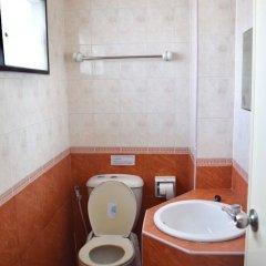 Отель Smile Court Pattaya Паттайя ванная фото 2