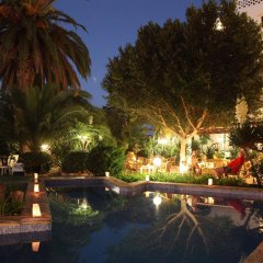 Отель azuLine Hotel Galfi Испания, Сан-Антони-де-Портмань - 1 отзыв об отеле, цены и фото номеров - забронировать отель azuLine Hotel Galfi онлайн бассейн фото 3