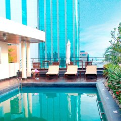 Palace Hotel Saigon бассейн