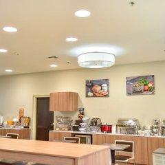 Отель Microtel Inn & Suites by Wyndham Cuauhtemoc питание