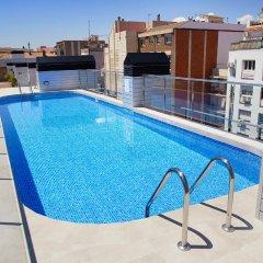 Отель Aparthotel Bcn Montjuic Барселона бассейн