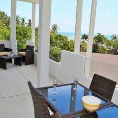 Отель Coconut Bay Club Suite 305 Таиланд, Ланта - отзывы, цены и фото номеров - забронировать отель Coconut Bay Club Suite 305 онлайн балкон