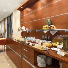 Ramada Airport Hotel Prague питание фото 3