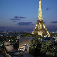 Shangri-La Hotel Paris фото 10