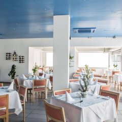 Отель Tsokkos Holiday Hotel Apartments Кипр, Айя-Напа - 1 отзыв об отеле, цены и фото номеров - забронировать отель Tsokkos Holiday Hotel Apartments онлайн питание фото 2