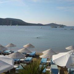 The Corner Hotel пляж