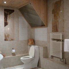 Отель Artists Residence in Tbilisi Грузия, Тбилиси - отзывы, цены и фото номеров - забронировать отель Artists Residence in Tbilisi онлайн ванная