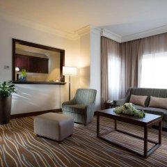 Отель Holiday Inn Abu Dhabi Downtown комната для гостей фото 2