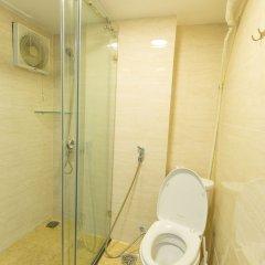 Отель Qhome Saigon - Vo Van Tan Вьетнам, Хошимин - отзывы, цены и фото номеров - забронировать отель Qhome Saigon - Vo Van Tan онлайн ванная фото 2