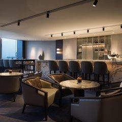 Отель InterContinental Shanghai Hongqiao NECC гостиничный бар