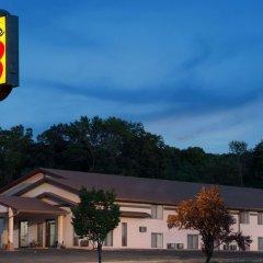 Отель Super 8 by Wyndham Algona парковка