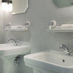 Отель Bachaumont Франция, Париж - отзывы, цены и фото номеров - забронировать отель Bachaumont онлайн ванная