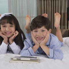 Отель Sheraton Grand Hotel, Dubai ОАЭ, Дубай - 1 отзыв об отеле, цены и фото номеров - забронировать отель Sheraton Grand Hotel, Dubai онлайн с домашними животными