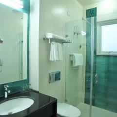 Mantra Amaltas Hotel ванная фото 2