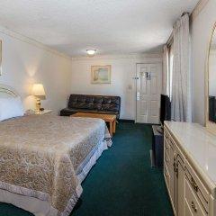 Отель Super 8 by Wyndham Lindsay Olive Tree комната для гостей