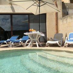 Отель Ta Amy B&B бассейн фото 2
