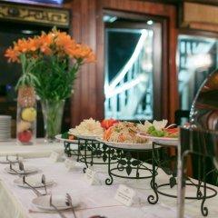 Отель Garden Bay Legend Cruise Вьетнам, Халонг - отзывы, цены и фото номеров - забронировать отель Garden Bay Legend Cruise онлайн питание фото 2
