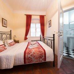 Отель Prague Loreta Residence Чехия, Прага - отзывы, цены и фото номеров - забронировать отель Prague Loreta Residence онлайн комната для гостей фото 3
