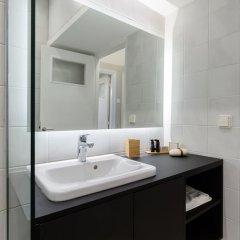 Отель UPSTREET Acropolis Heart Apartments Греция, Афины - отзывы, цены и фото номеров - забронировать отель UPSTREET Acropolis Heart Apartments онлайн ванная