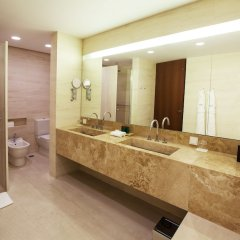 Square Nine Hotel Belgrade Белград ванная