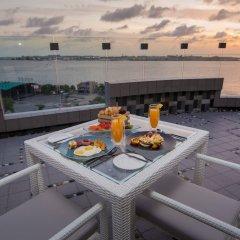 Отель Samann Grand Мальдивы, Мале - отзывы, цены и фото номеров - забронировать отель Samann Grand онлайн пляж фото 2