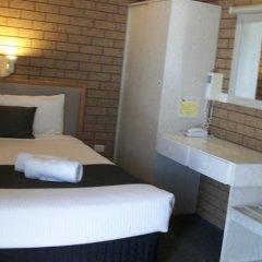 Отель Country Home Motor Inn комната для гостей фото 3