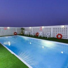 Отель Landmark Plaza Baniyas бассейн