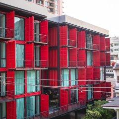 Отель Sleepbox Sukhumvit 22 Бангкок балкон