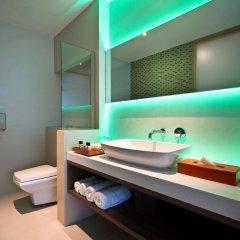 Отель One15 Marina Club Сингапур ванная