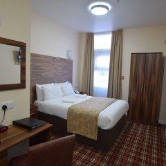 Отель Lucky 8 Лондон комната для гостей фото 3