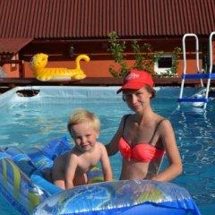 Отель Вилла Речка Волосянка бассейн фото 3