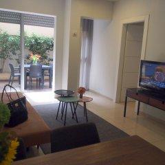 Sea Land Suites Израиль, Тель-Авив - 11 отзывов об отеле, цены и фото номеров - забронировать отель Sea Land Suites онлайн комната для гостей фото 2