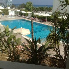 Отель Trizas Hotel Apartments Кипр, Протарас - отзывы, цены и фото номеров - забронировать отель Trizas Hotel Apartments онлайн бассейн фото 2