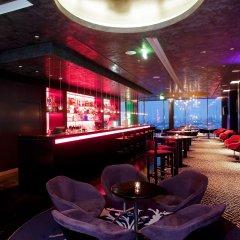 Отель Vienna House Andel´s Berlin гостиничный бар фото 2