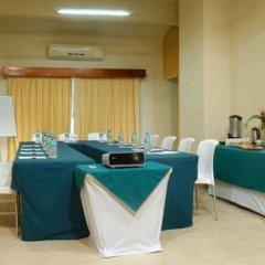 Отель Comfort Inn Puerto Vallarta Пуэрто-Вальярта помещение для мероприятий
